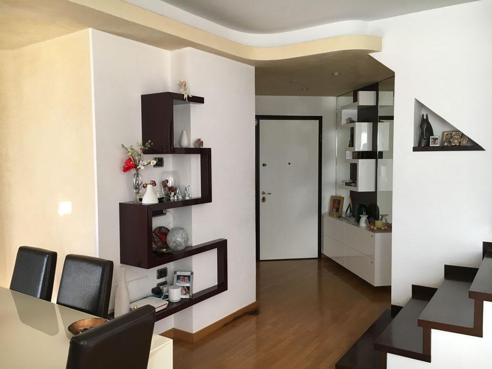 soggiorno con scala arredamento elegant soggiorno